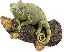 Camaleonte verde sulla statua del cantiere del