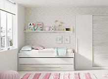 Cameretta da bambini con letto e mensola, colore