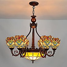 Illuminazione a sospensione in stile Tiffany per
