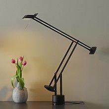 Innovativa lampada da tavolo di design Tizio
