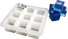 Kit in resina con stampi a forma di piccolo cubo,