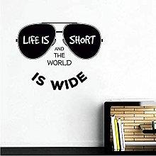 La vita è breve e il mondo è ampio adesivo