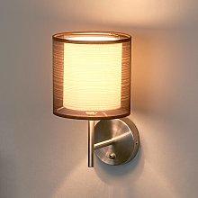 Lampada da parete Nica, paralume in stoffa marrone