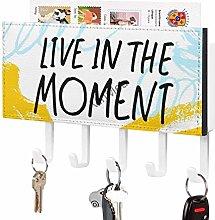 Live in The Moment, gancio per chiavi e mensola