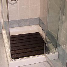 Pedana doccia larice cm 58 x 58 per piatti a doghe