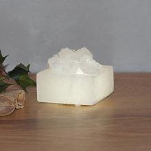 Piccola scatola di cristalli di sale a LED