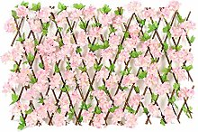 Recinzione per giardino fiorito con siepi