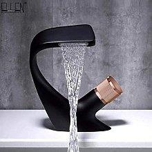 Rubinetto nero del lavandino del bagno del