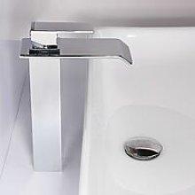 Sofisticato rubinetto lavabo alto con beccuccio a