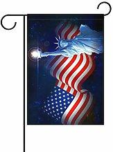Statua della Libertà con bandiera americana 4